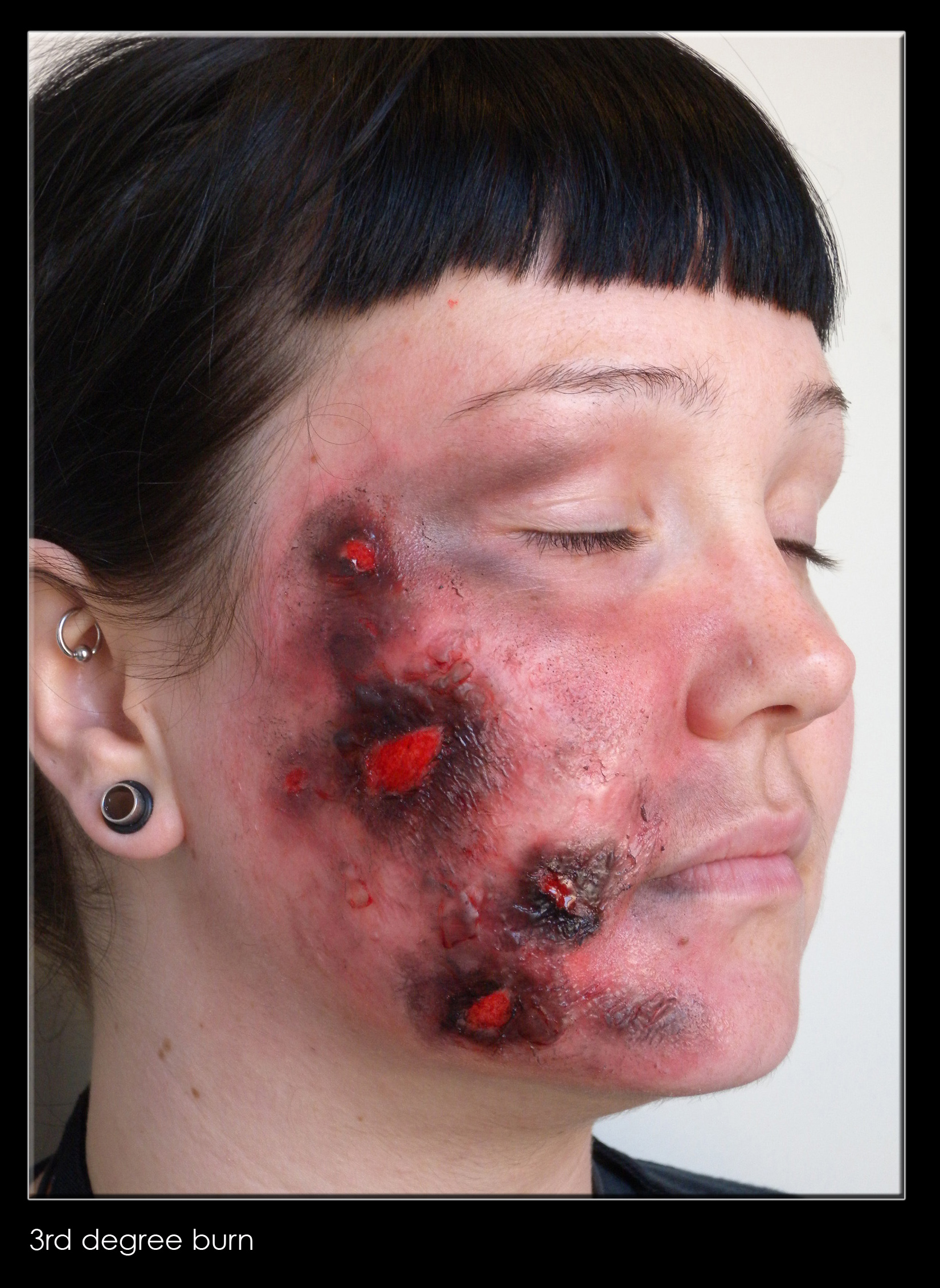 31 Days of Halloween Makeup – Day 6: How To Create a 3rd Degree ...